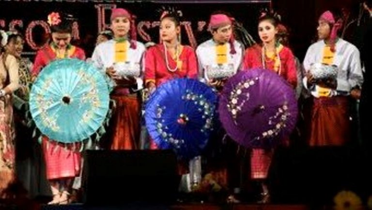 Experience The Colours Of Northeast At Varanasi From Today